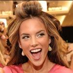 Staň sa anjelom z Victoria's Secret za 15 minút!